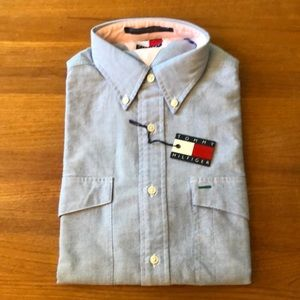 Tommy long sleeved button down
